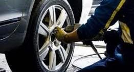 Avvitatore a impulsi – Per sostituire le ruote dell'auto